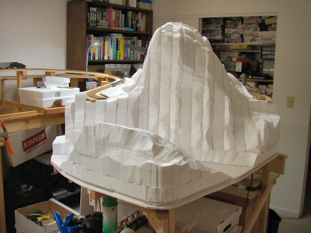 Dan S Train Blog 187 Cutting Styrofoam To Shape For Crazy